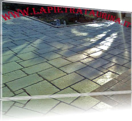 pavimenti per esterni in pietra prezzi pavimenti esterni in pietra di apricena pietra naturale