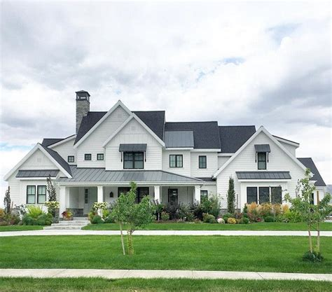 modern farmhouse elevations modern farmhouse exteriors www pixshark com images
