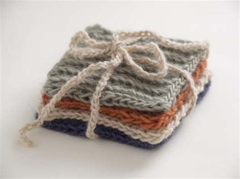 how to knit a coaster 10 free knitting patterns for the kitchen favecrafts