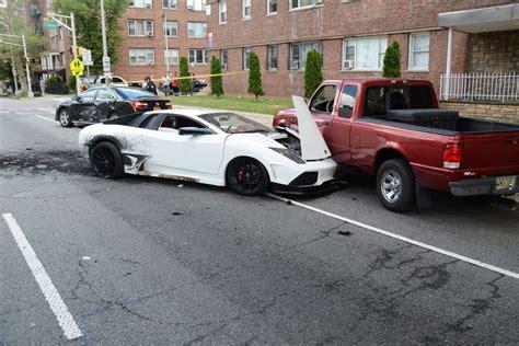 lamborghini causes five car smash in new jersey