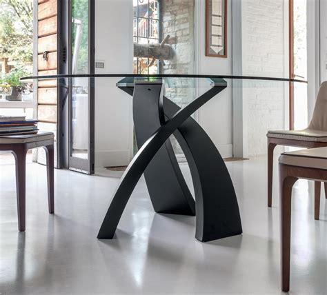 tavoli tonin tavolo fisso rotondo eliseo di toni casa con base in