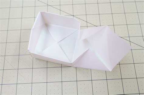 Fold Paper Into Box - origami bakery boxes 183 how to fold an origami box