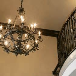 Builder Grade Chandelier 22 Best Images About Foyer Chandeliers On Pinterest