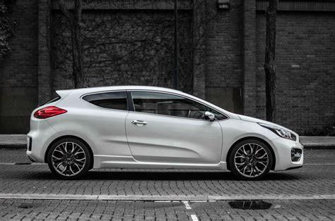 Kia Ceed Gt Sport Kia Pro Ceed Gt Review The Newbie Carwitter