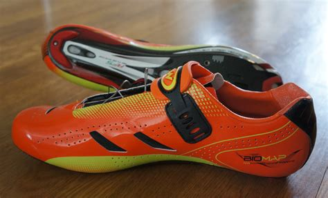 road bike shoes review review northwave tech road bike shoes bikerumor