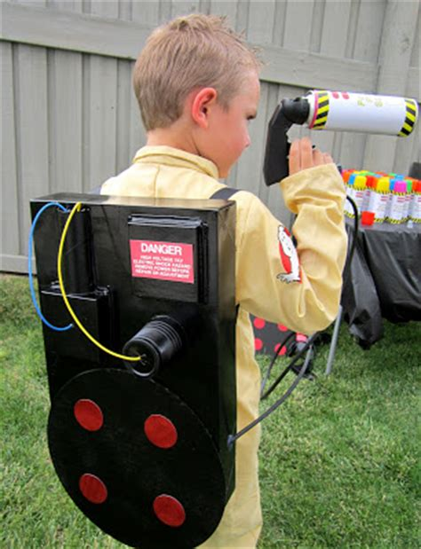 Diy Proton Pack by Ghostbusters Costume Diy Proton Pack Design Dazzle