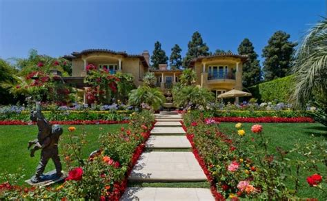 dr phil house dr phil s beverly hills home sold celebrity homes pinterest