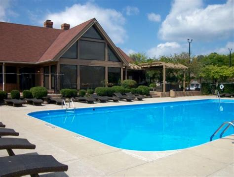 2 bedroom apartments in dublin ohio lakeview square apartments dublin oh apartment finder