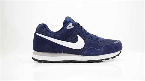 Nike Md Runner On Navyblue Termurah 8 nike md runner sneakers navy