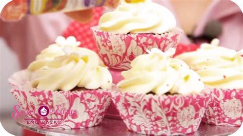 Hochzeitstorte Und Cupcakes by Cupcake Hochzeitstorte Sweet Easy Enie Backt Sixx