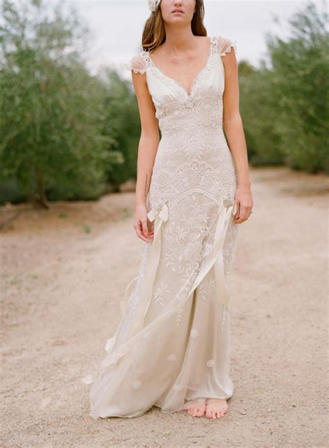 chic   simple country wedding dresses  maestro
