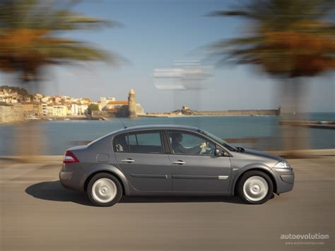 renault sedan 2006 renault megane sedan 2006 2007 2008 2009 autoevolution