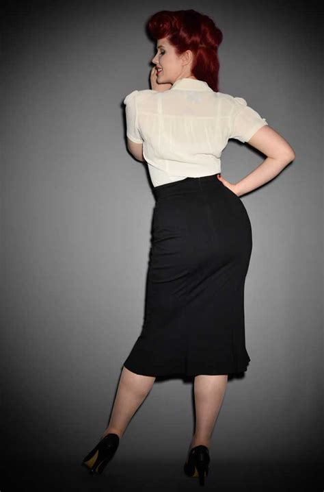 40s flared pencil skirt the pencil skirt in black