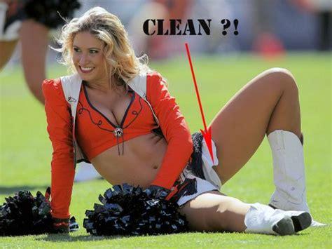 cheerleader has wardrobe malfunction these cheerleaders hilariously suffered from wardrobe