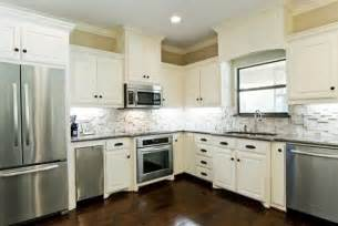 Backsplash For Kitchen With White Cabinet by White Kitchen Cabinets With Slate Backsplash Quicua Com