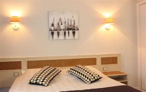 chambre et petit dejeuner offres hotel saintes tarifs chambres en charente maritime