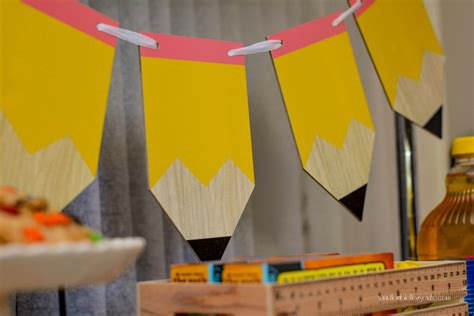 Back To School Decorating Ideas by Celebrate Kindergarten With A Back To School