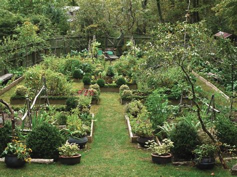 Prepper Garden by Prepper Lessons From History Castle Gardens The