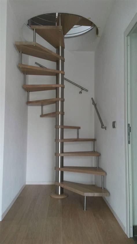 corrimano scala a chiocciola scala a chiocciola per interni