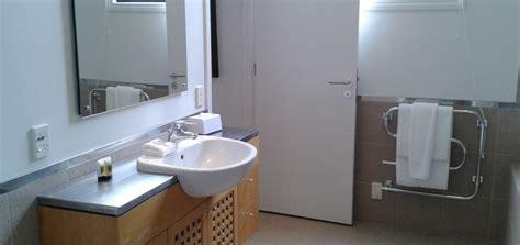 split level bathroom 3 bedroom 2 bathroom split level apartment latitude 37