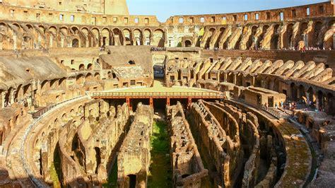El interior del Coliseo, icono de Roma