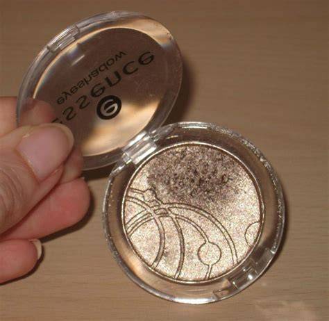 Eyeshadow Essence Review by Essence Mono Eyeshadow In All 35 Reviews