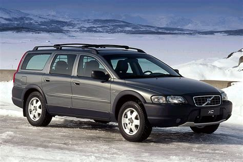 how to sell used cars 2003 volvo v70 spare parts catalogs 2003 volvo xc70 overview cars com