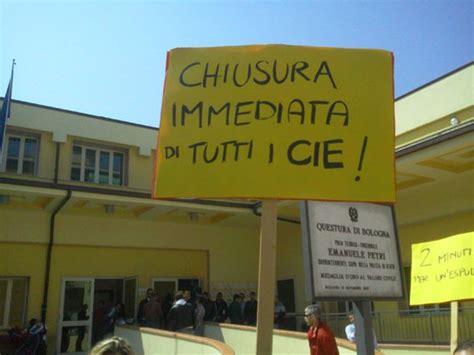 questura bologna ufficio immigrazione bologna indietro non si torna no alla deportazione dei