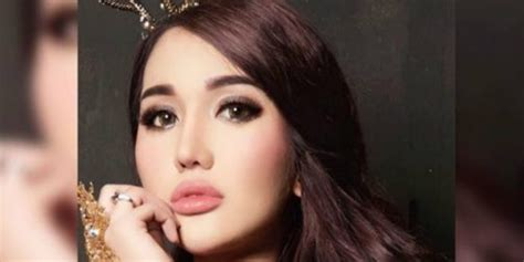Cantik Tanpa Lipstik lucinta unggah foto tanpa makeup tetap cantik co id