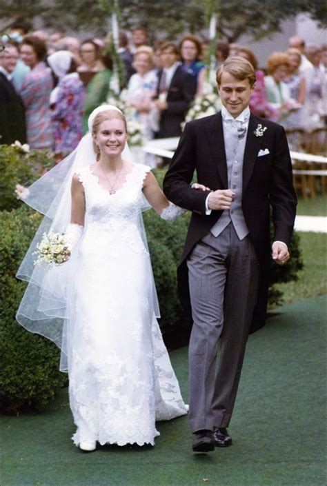 tricia nixon wedding dress  designed  pricilla