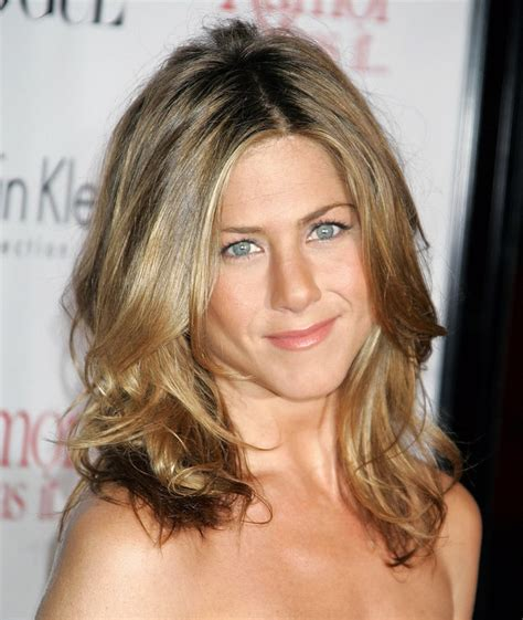 jennifer aniston hairstyle 2001 december 2005 jennifer aniston s hair evolution us weekly