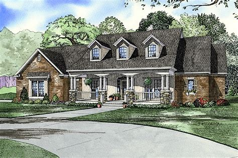 southern country house plans southern style house plan 4 beds 3 baths 2373 sq ft plan