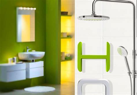 complemento d arredo in inglese lettering di damast per personalizzare il bagno con
