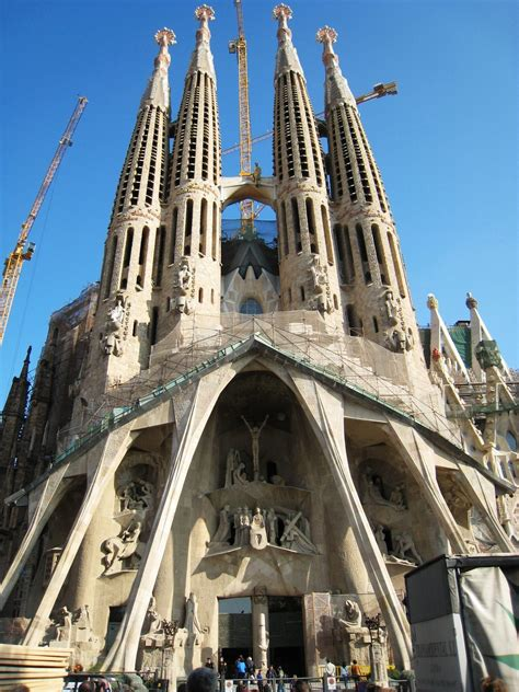 Famous Places Barcelona Spain | one of spain s most famous landmarks the quot sagrada familia