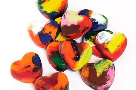 crayon hearts melted crayon hearts a craft the live