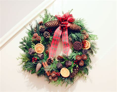 diy how to make a christmas wreath albert and me
