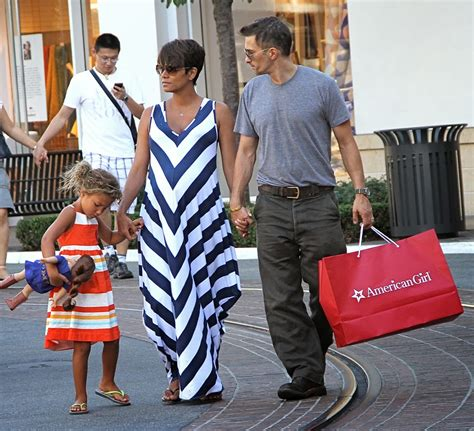 Halle Speaks I Want A Baby by Meets Lifestyle