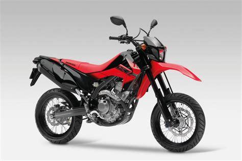 Suche Motorrad Enduro 250 Kubik by Neue 250 Kubik Supermoto Von Honda Magazin Von Auto De