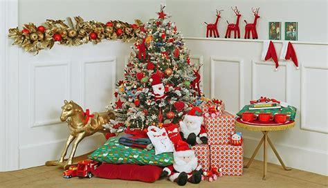 decoracion de arboles con cinta 32 adornos y tendencias de arbol de navidad para decorar reciclando femeninas