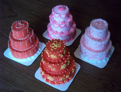 miniature cakes and wedding cake 60 miniature cakes plus a mini 3 tier cakes cakecentral com