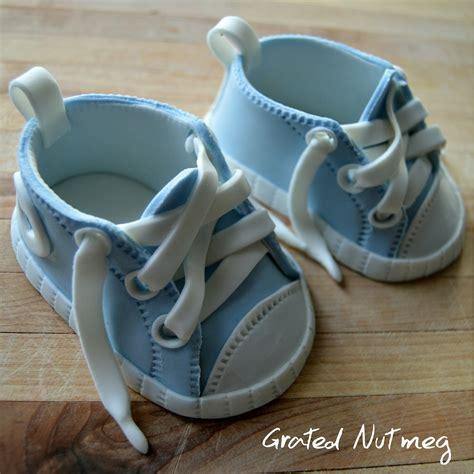 fondant baby shoes tutorial 2 grated nutmeg