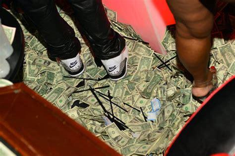Sepatu Nike Sepatu Style Sepatu Hangout 1 5 sneakers paling mahal di dunia provoke