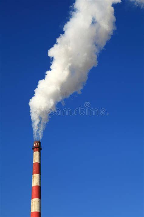 fumo camino fumo camino immagine stock immagine di tossico pile