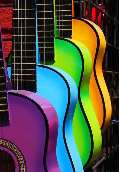 Colored Guitar by Guitars Mais Cor Na Sua Vida