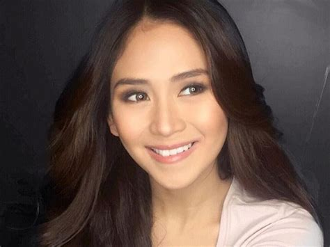 is it true that sarah geronimo is pregnant viva boss scoffs at sarah geronimo s pregnancy rumours