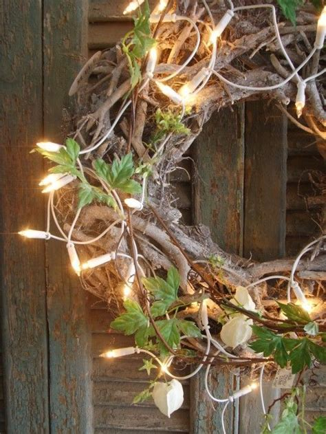 this rustic christmas wreath is amazing christmas pinterest