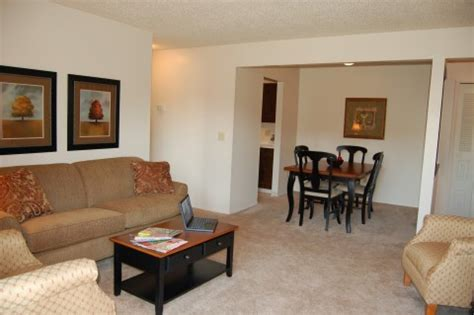 one bedroom apartments in kalamazoo seville apartments rentals kalamazoo mi apartments com