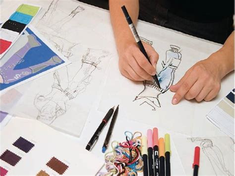 fashion design degree from home is it possible to become a fashion designer without a degree