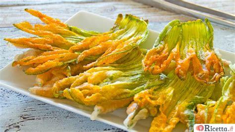 pastella fiori di zucca fritti ricetta fiori di zucca farciti ricetta it