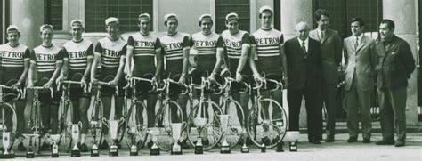 Jersay Sepeda Astana quot merangkai kata tuk telanjangi dunia quot agustus 2010